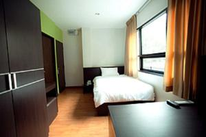 Khaosan Park Resort
